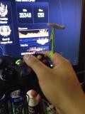Roach Ring in grün beim Console zocken im Einsatz